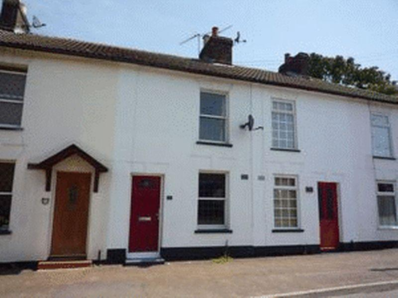 2 Bedrooms Terraced House for sale in Front Street, Slip End