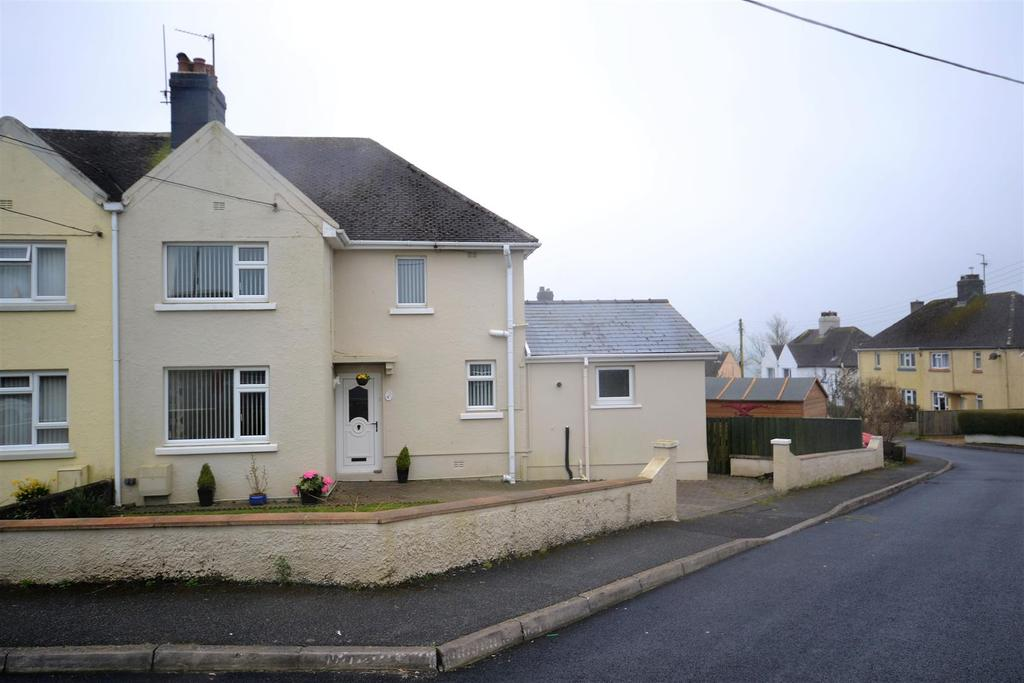 4 Bedrooms Semi Detached House for sale in Narberth