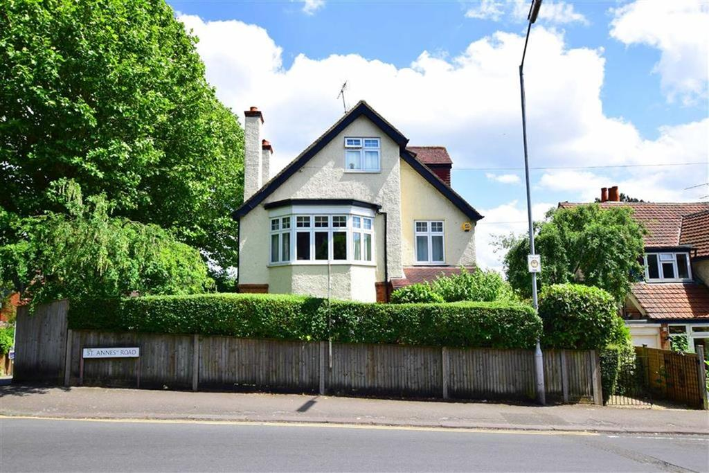4 Bedrooms Detached House for sale in St Annes Road, Caversham Heights, Reading