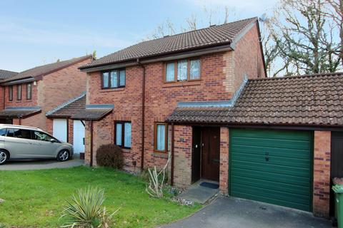 2 bedroom semi-detached house for sale - Monnow Gardens, West End SO18