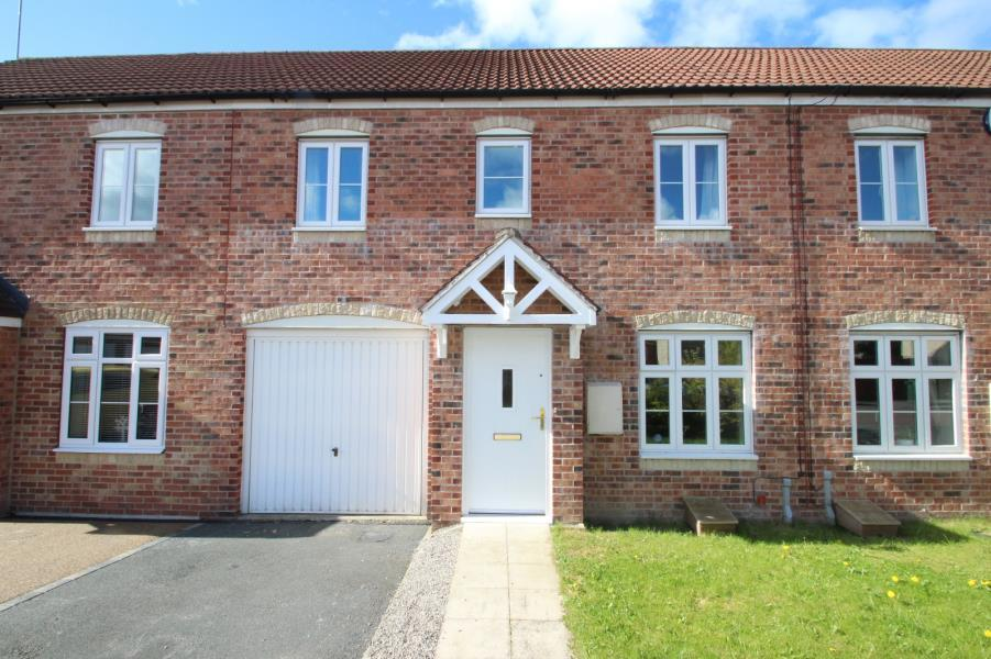 3 Bedrooms Town House for sale in ORCHARD MEWS, RODLEY, LEEDS, LS13 1PQ