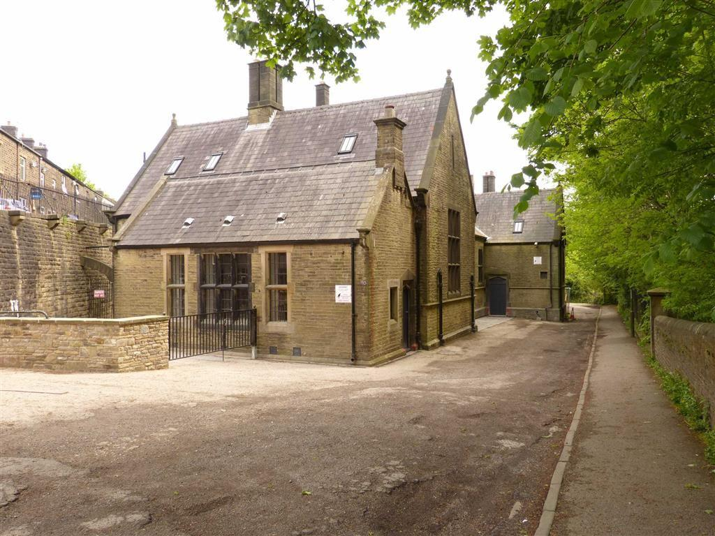 3 Bedrooms Mews House for sale in Church Walk, Old Glossop
