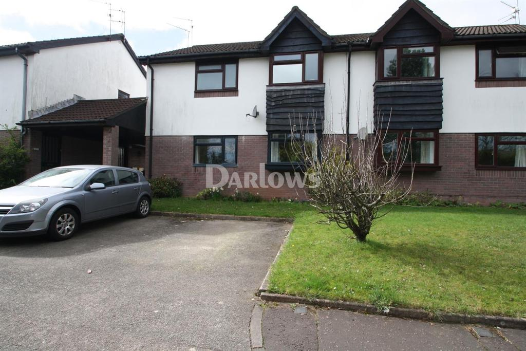 2 Bedrooms Flat for sale in Morton Court, Heath Park Drive, Heath, Cardiff