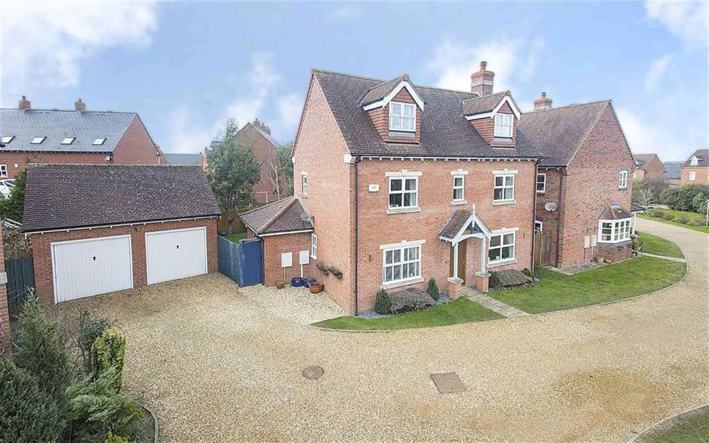 4 Bedrooms Detached House for sale in Loddington Way, Mawsley