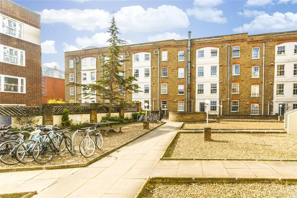 1 Bedroom Flat for sale in Arcadia Court, 45 Old Castle Street, London
