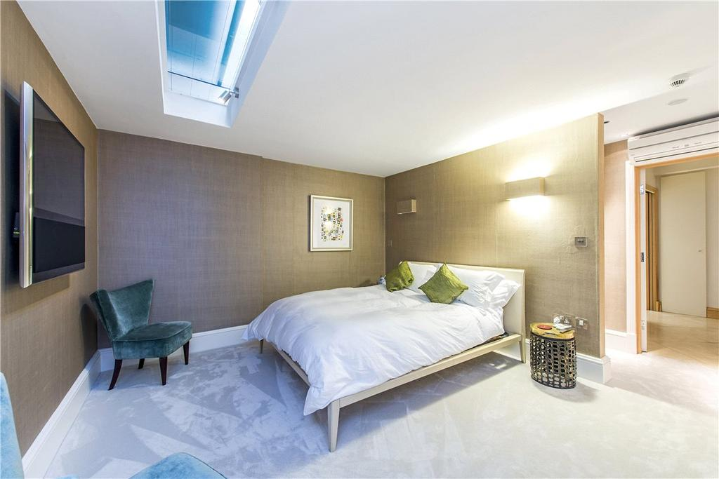 4 Bedrooms House for sale in Normand Mews, London, W14