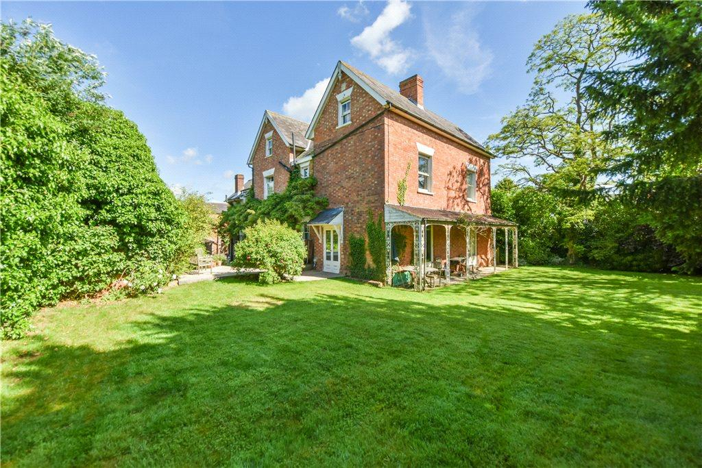 7 Bedrooms Detached House for sale in Hillesden Road, Gawcott, Buckinghamshire