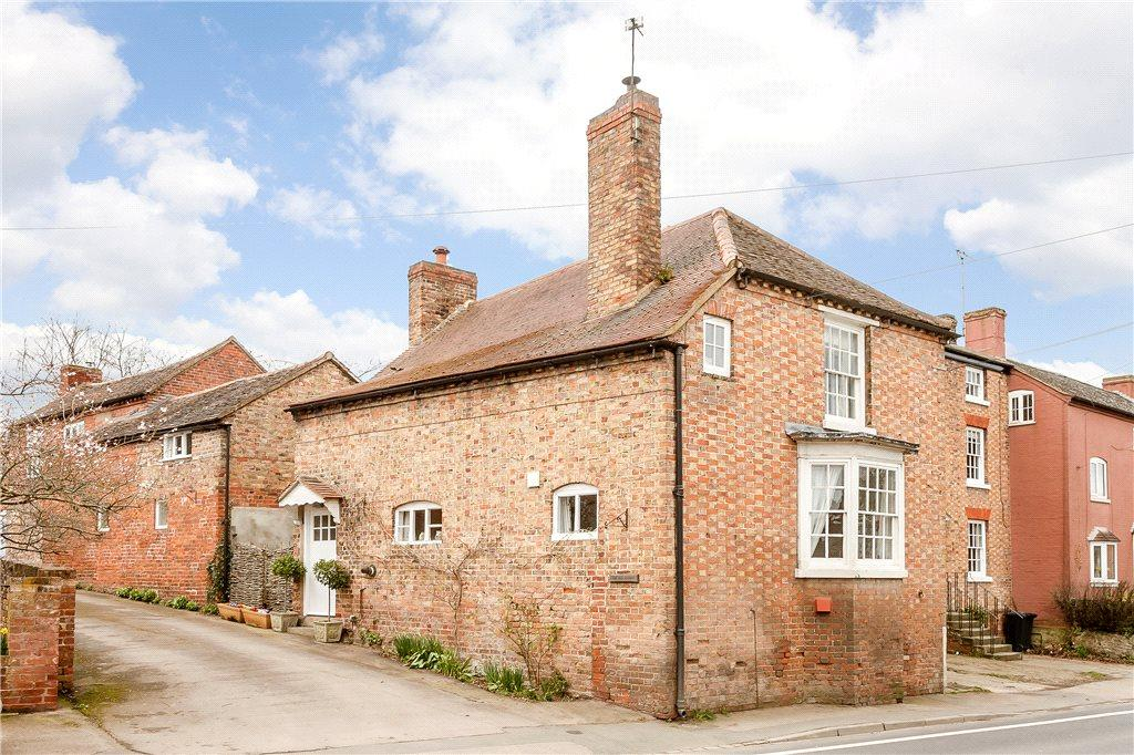 4 Bedrooms Unique Property for sale in The Village, Dymock, Gloucestershire, GL18