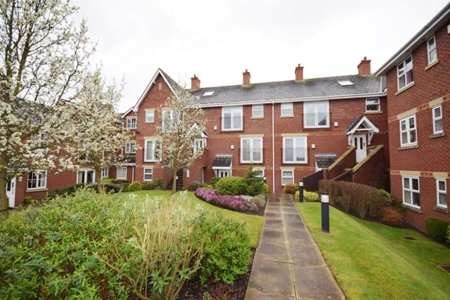 2 Bedrooms Apartment Flat for sale in The Mariners, Haven Road, Lytham , FY8