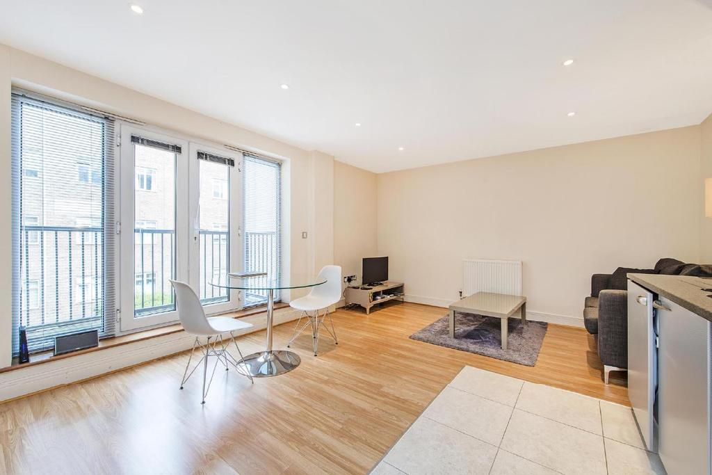 1 Bedroom Flat for sale in Goswell Road, Clerkenwell