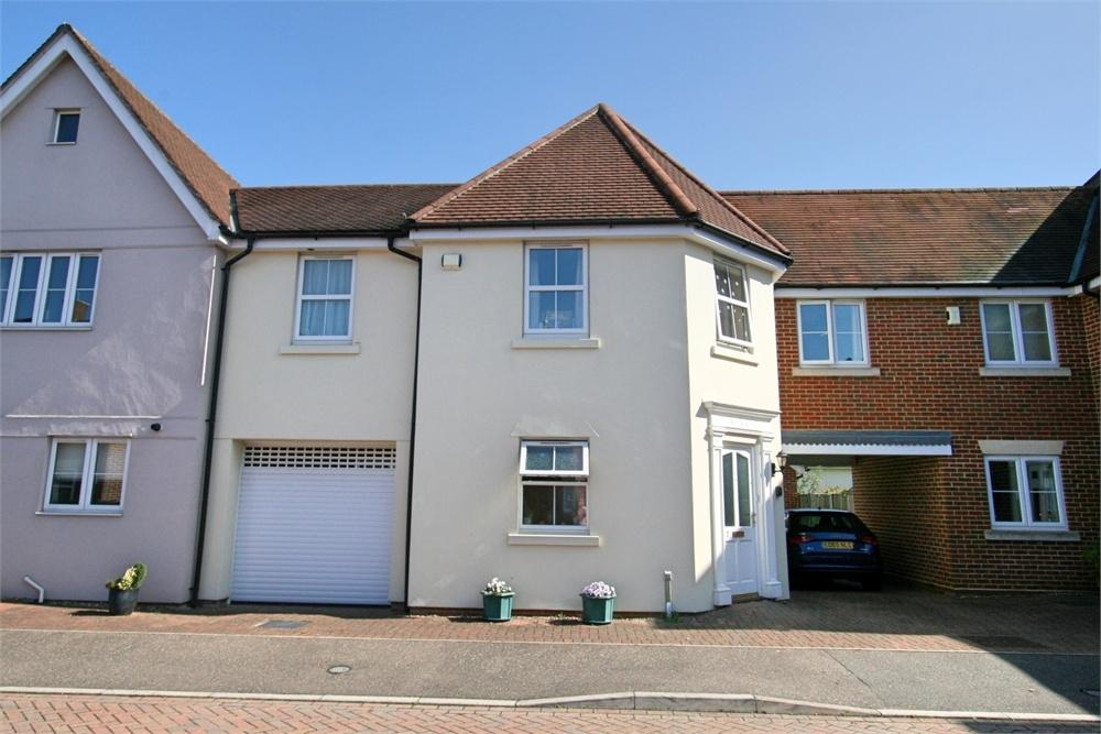 3 Bedrooms Detached House for sale in Quince Court, Tiptree, COLCHESTER, Essex