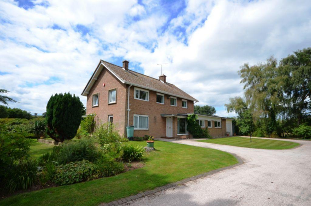 4 Bedrooms House for sale in Staplake Road, Starcross, EX6