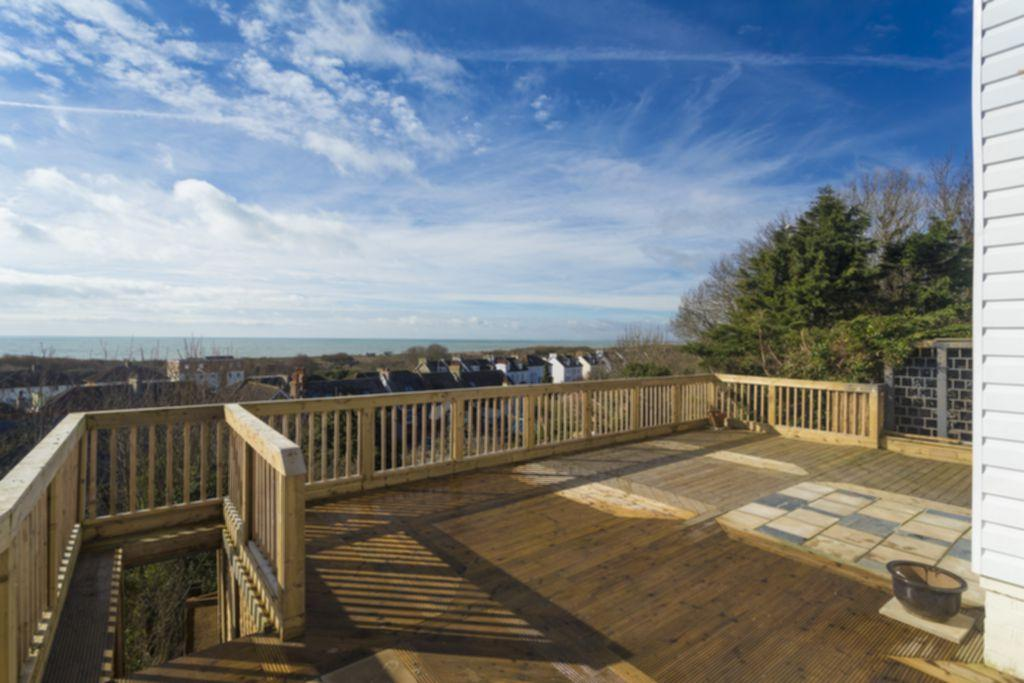 3 Bedrooms House for sale in Naildown Road, Seabrook, CT21