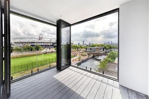 2 bedroom apartment for sale - 4A Roach Road, Hackney Wick, E3