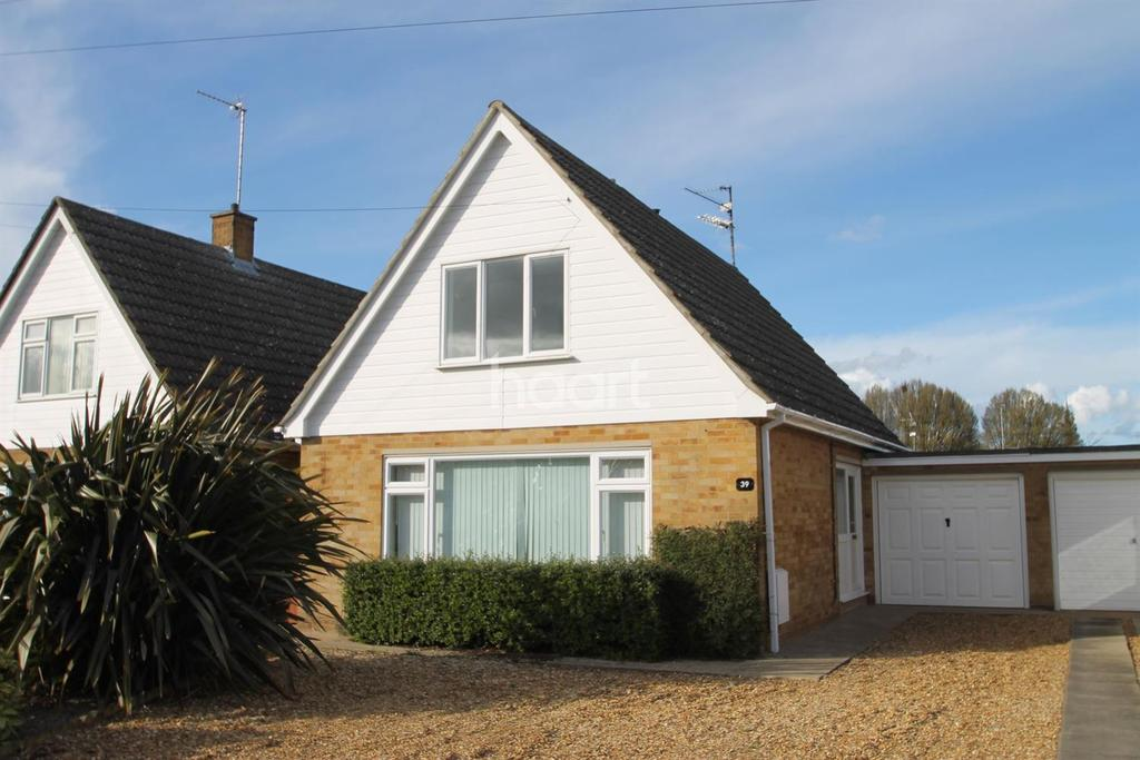 3 Bedrooms Detached House for sale in Milton Drive, Leverington