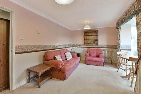 1 bedroom flat to rent - Consul House, E3