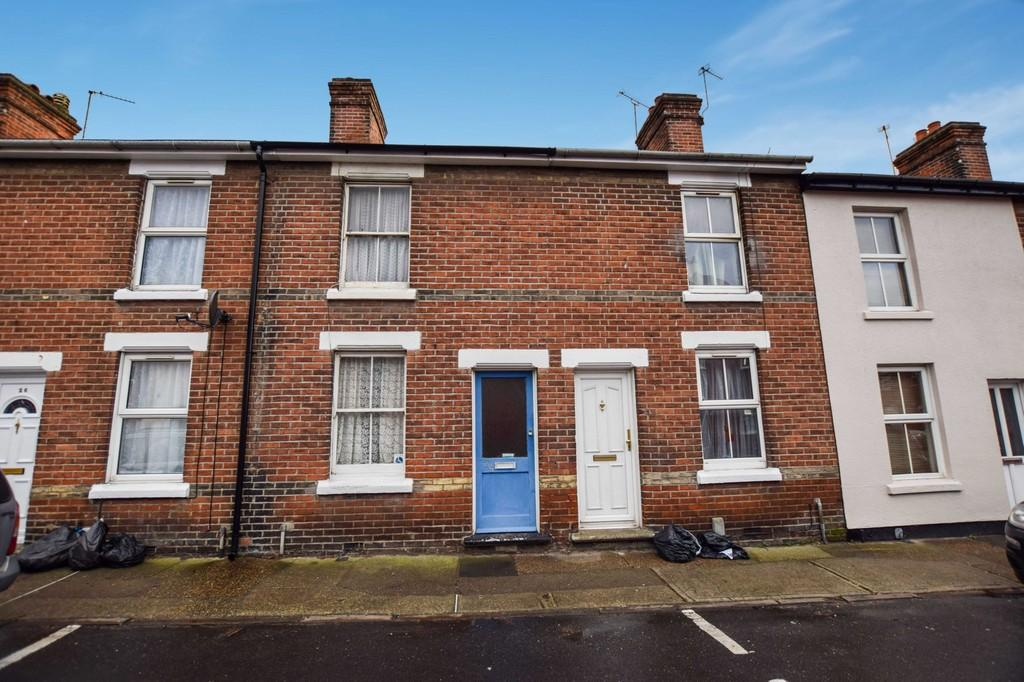 3 Bedrooms Terraced House for sale in Port Lane, Colchester, CO1 2JF