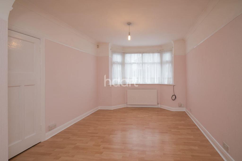 3 Bedrooms Semi Detached House for sale in Methuen Road, HA8