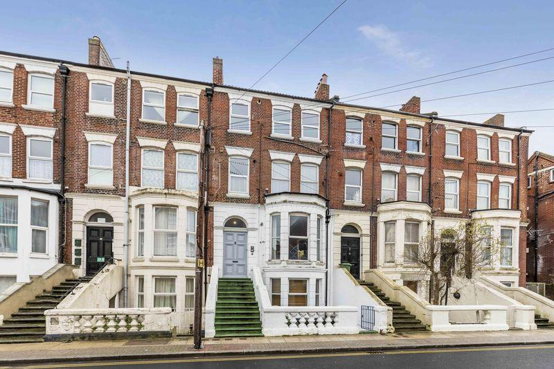 2 Bedrooms Apartment Flat for sale in Waverley Road, Southsea