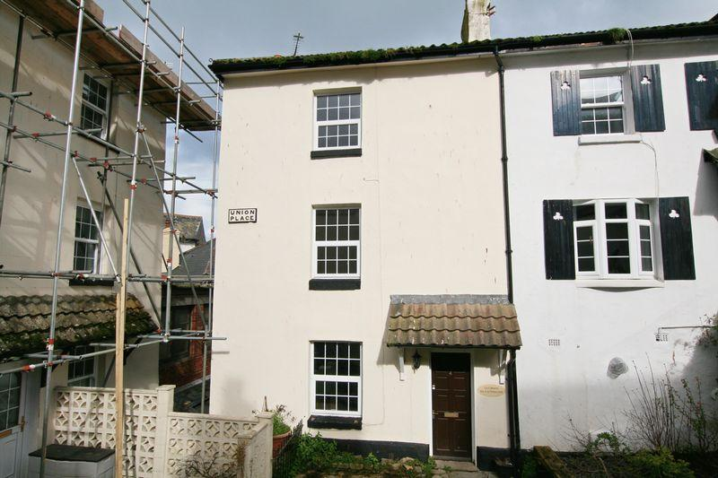 2 Bedrooms Semi Detached House for sale in St Peters Hill, Brixham