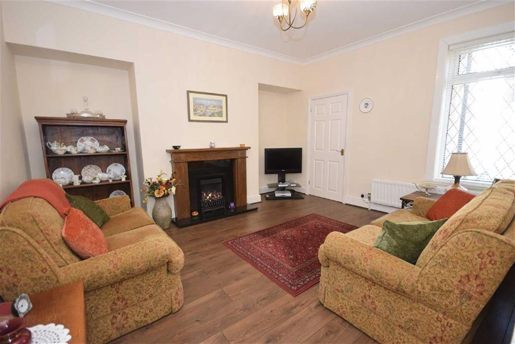 2 Bedrooms Flat for sale in Shrewsbury Terrace, South Shields