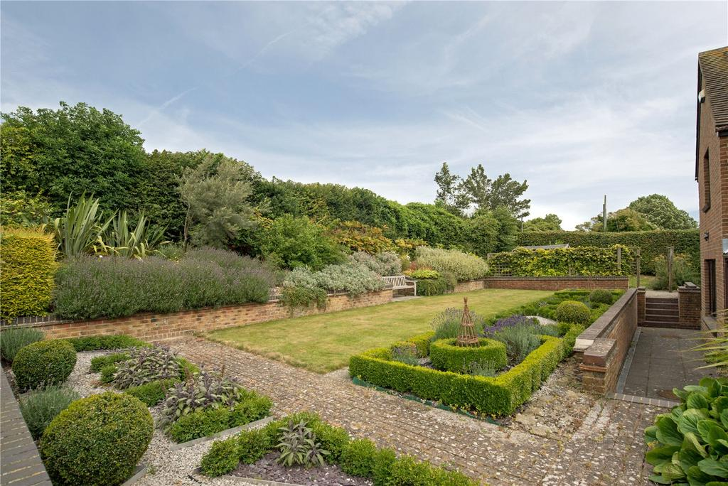 5 Bedrooms Detached House for sale in Bereforstal Farm, Canterbury Road, Elham, Kent