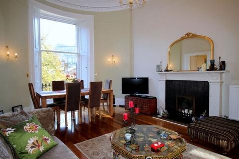 2 bedroom flat to rent - 15A Gloucester Place