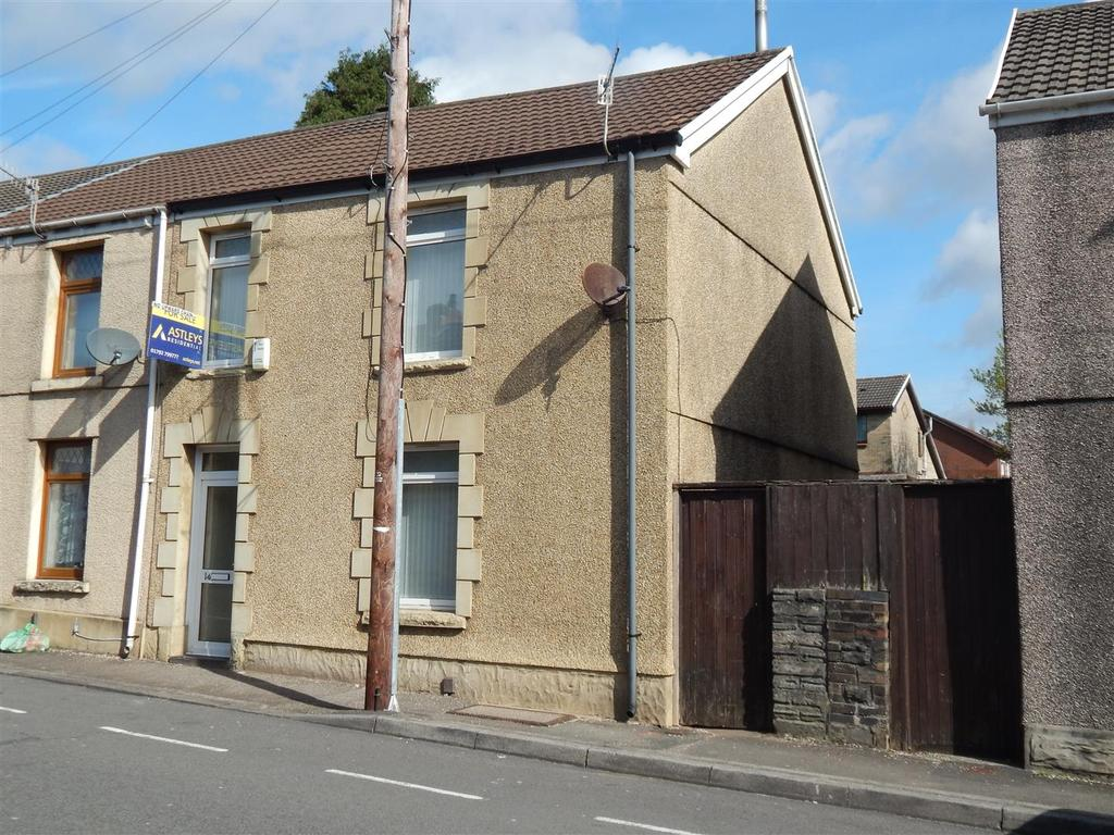 3 Bedrooms End Of Terrace House for sale in Chemical Road, Morriston, Swansea