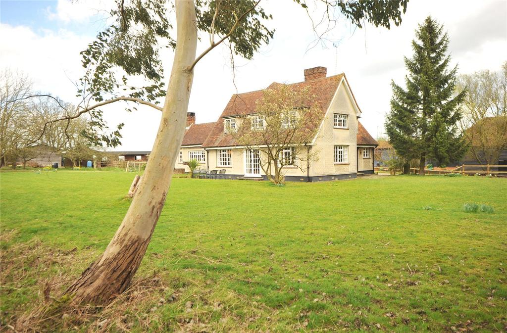 4 Bedrooms Detached House for sale in Blackmore Road, Highwood, Chelmsford, Essex, CM1