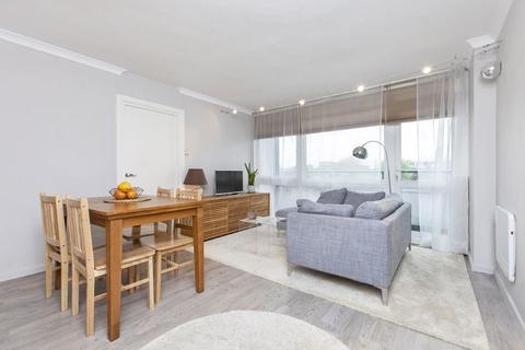 2 bedroom flat to rent - Stuart Tower, Maida Vale, Little Venice, W9