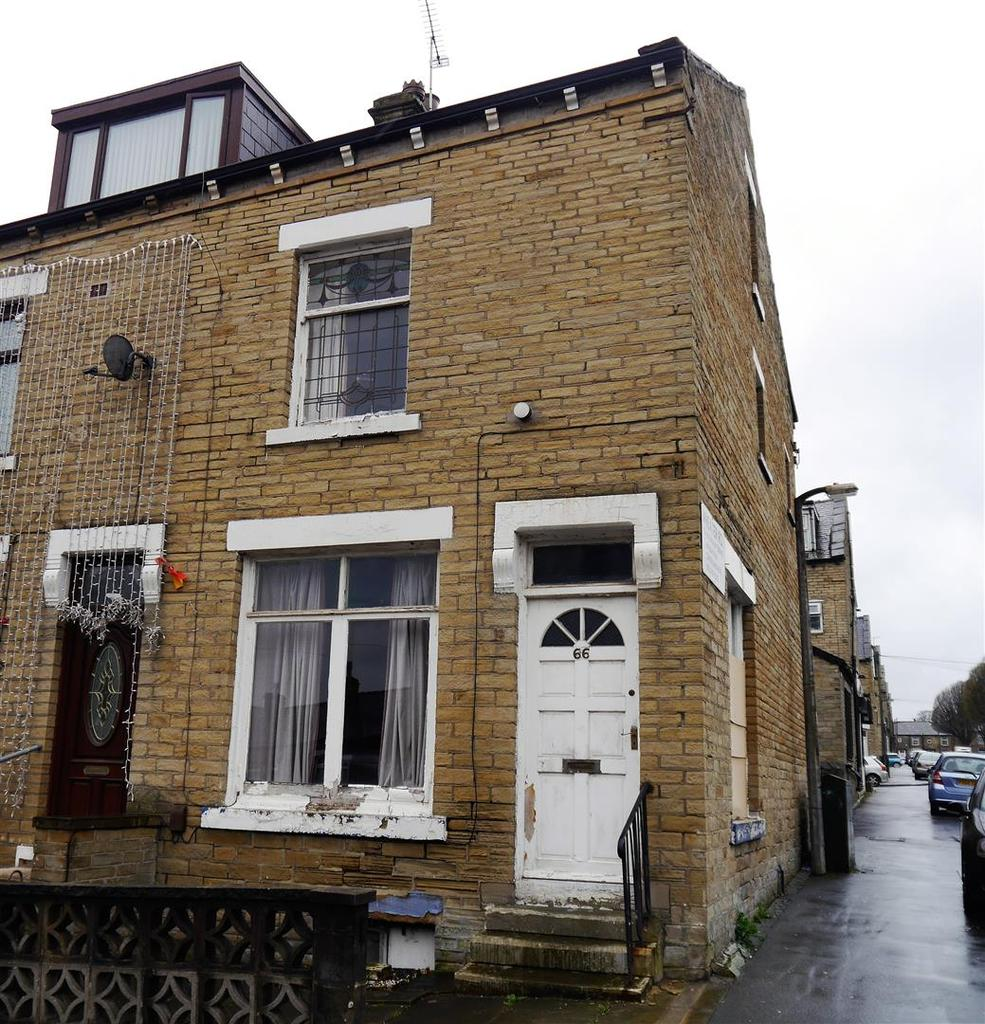 3 Bedrooms Terraced House for sale in Aberdeen Place, Lidget Green, Bradford, BD7 2HF