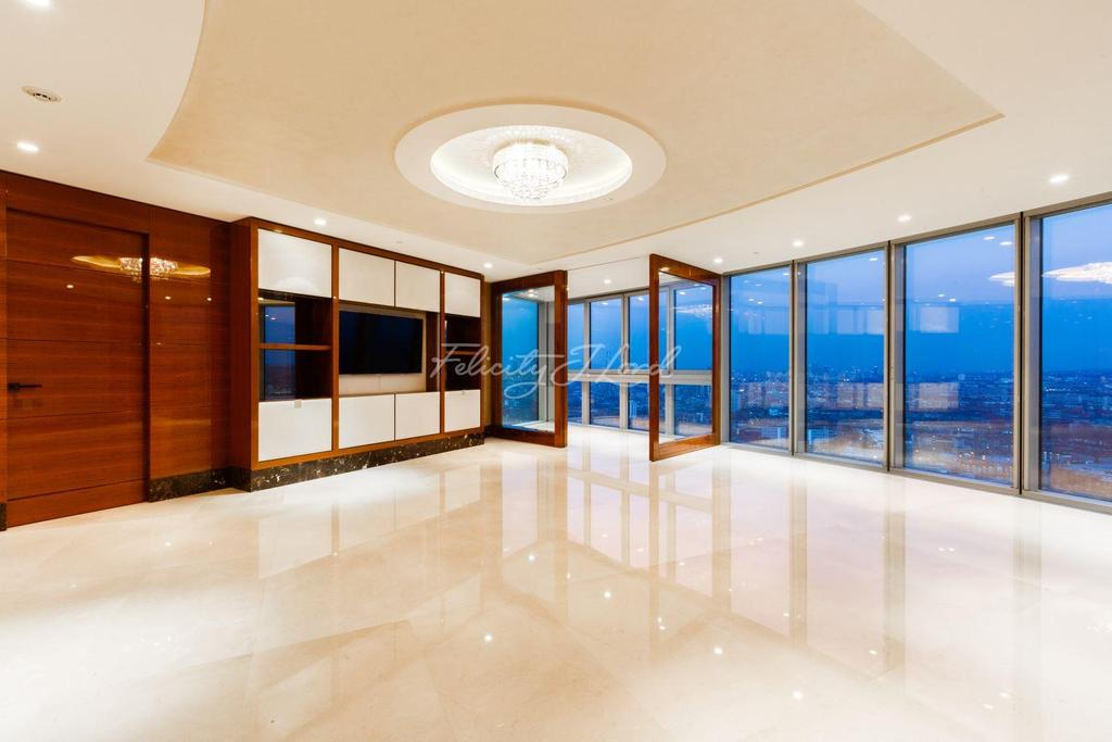 2 Bedrooms Flat for sale in The Tower, St Georges's Wharf, SW8