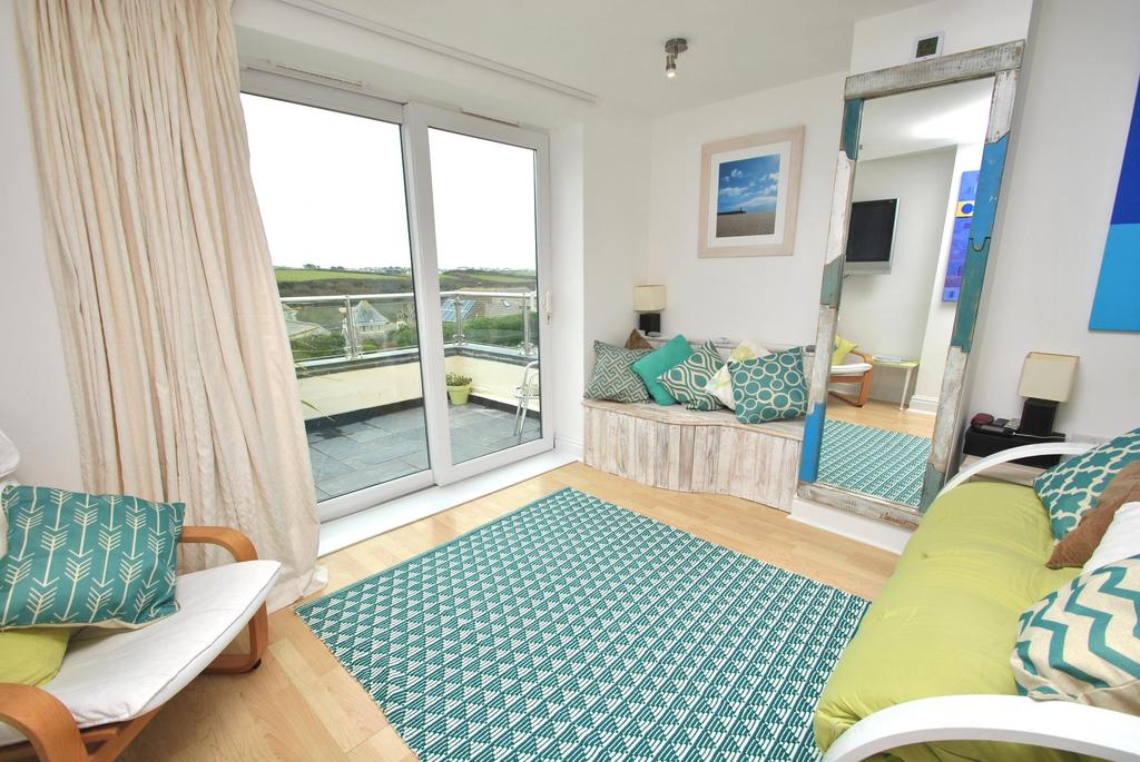 2 Bedrooms Apartment Flat for sale in Golden Bay Apartments, Pentire Avenue