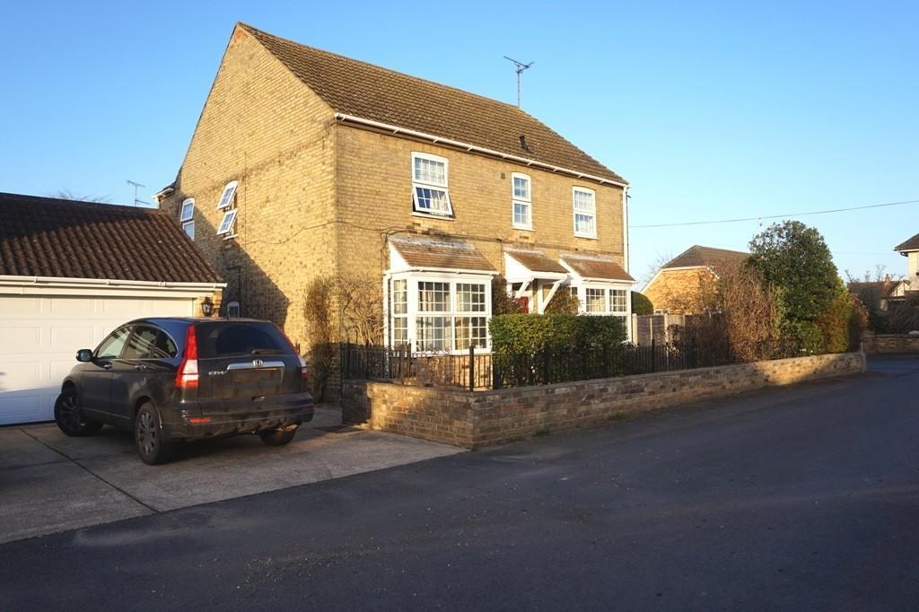 4 Bedrooms Detached House for sale in Hempfield Road, Littleport