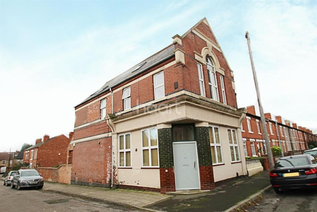 5 Bedrooms Flat for sale in Charles Street, Hucknall