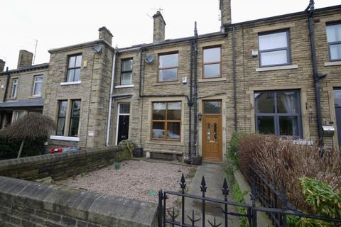 3 bedroom terraced house to rent - Huddersfield Road Wyke Bradford