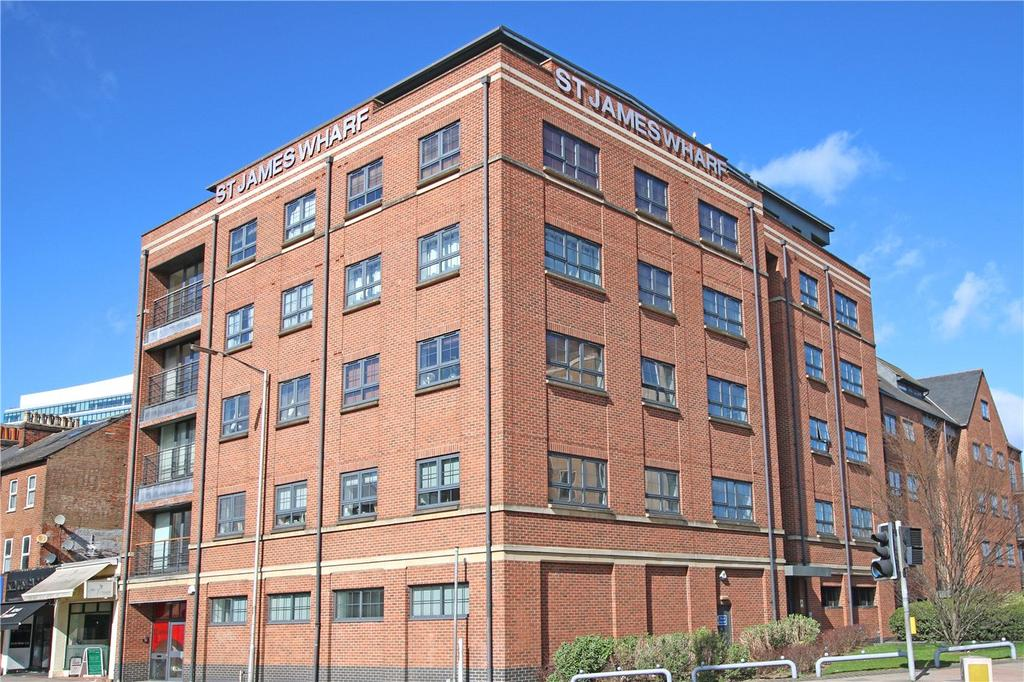 2 Bedrooms Flat for sale in St. James Wharf, Forbury Road, Reading, Berkshire, RG1