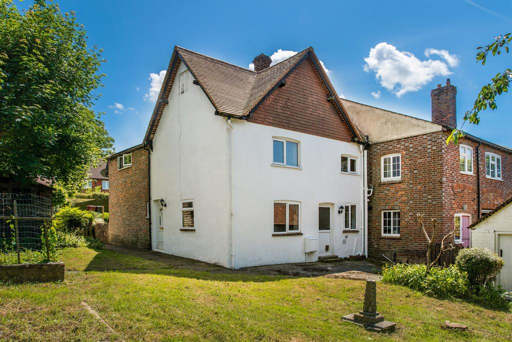 2 Bedrooms End Of Terrace House for sale in The Cylinders, Fernhurst