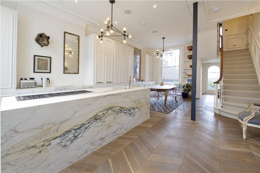 3 Bedrooms House for sale in Blenheim Crescent, Notting Hill W11