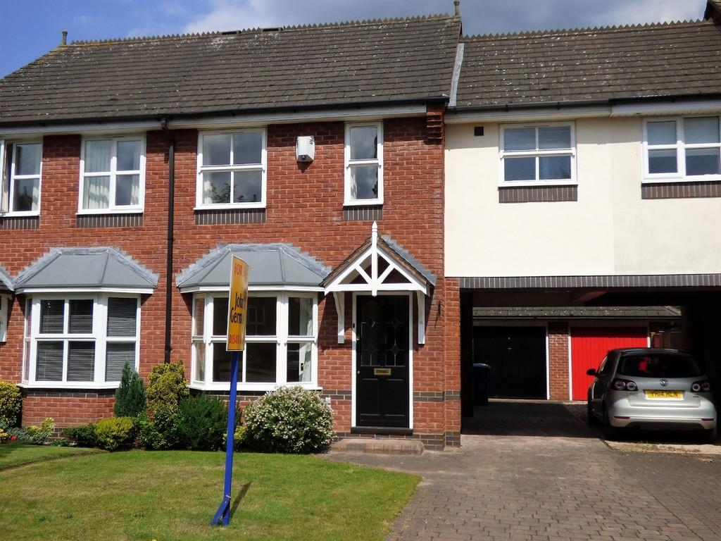3 Bedrooms Link Detached House for sale in Victoria Gardens, Lichfield