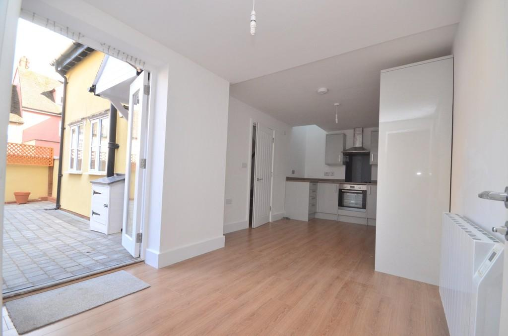 2 Bedrooms Detached House for sale in West Stockwell Street, Colchester