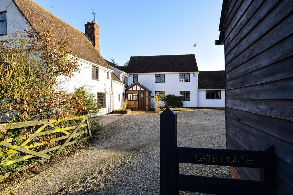 4 Bedrooms Detached House for sale in Fordham Heath