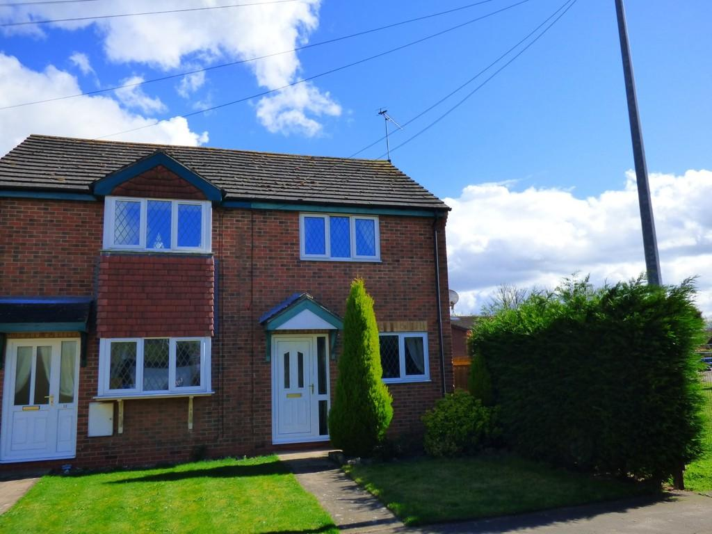 2 Bedrooms Semi Detached House for sale in Alexander Court, North Kelsey