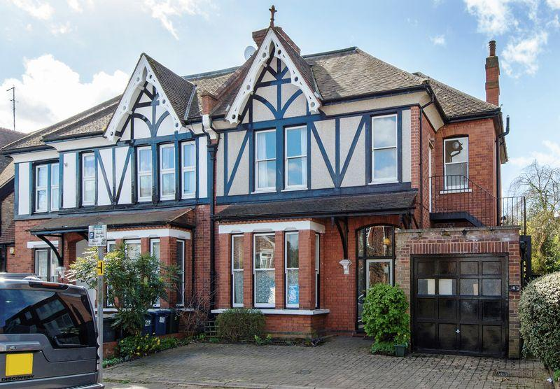 5 Bedrooms Semi Detached House for sale in Seymour Road, Finchley Central