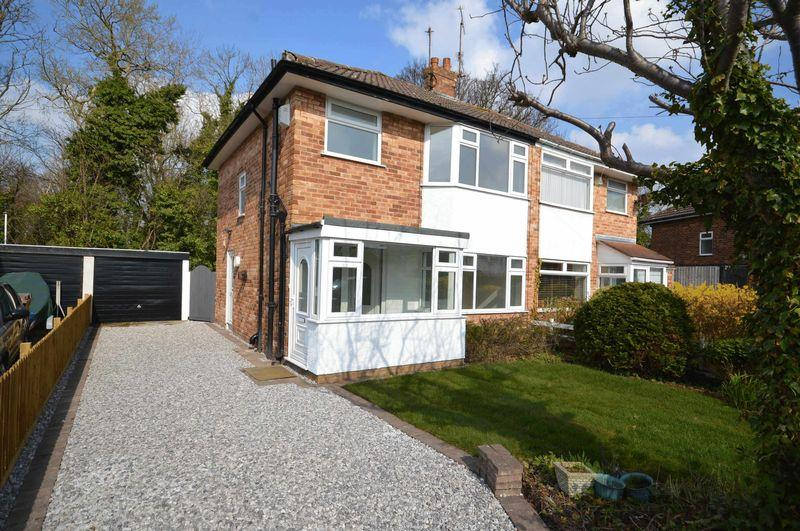 3 Bedrooms Semi Detached House for sale in Meadow Road, Newton