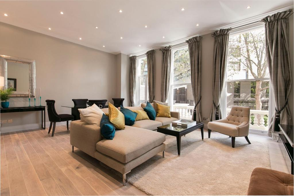 2 Bedrooms Apartment Flat for sale in Ashburn Gardens, London, SW7