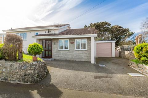 2 bedroom detached house for sale - Rue des Jenemies, St. Saviour, Guernsey