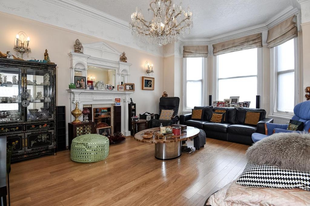 8 Bedrooms Detached House for sale in Madeley Road, Ealing, W5