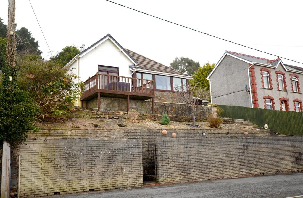 2 Bedrooms Detached Bungalow for sale in Elgin Road, Pwll, Llanelli