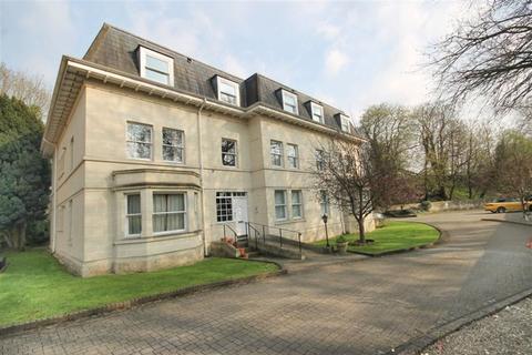 2 bedroom flat to rent - Pulteney Road
